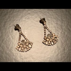 Sorrelli 'snow bunny' dangle earrings w/bag
